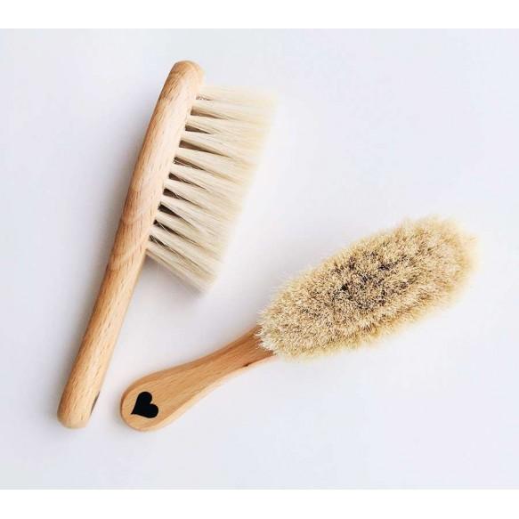 Miękka szczotka z koziego włosia z myjką muślinową